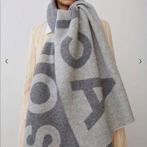 Acne Studios Toronty Logo grey rectangular scarf.